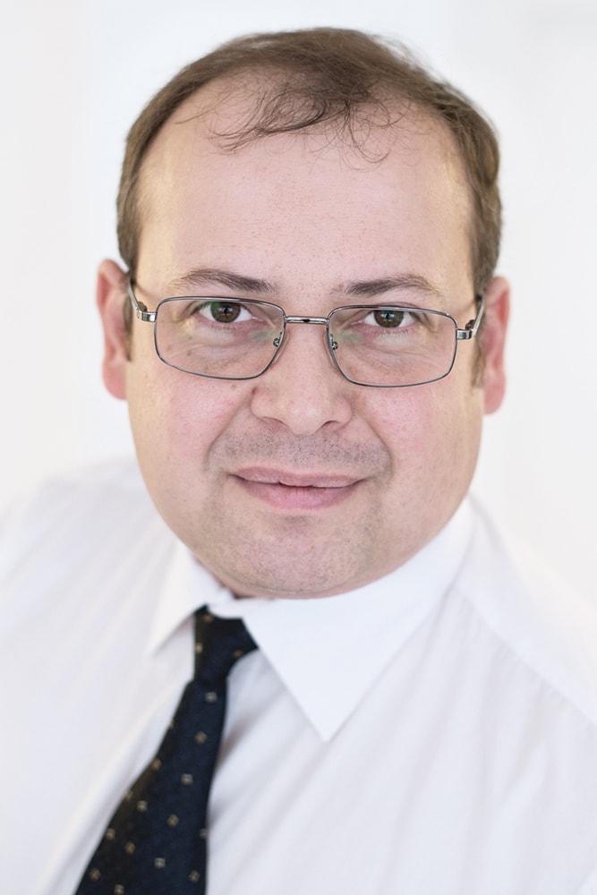 W. PLASTOWEZ